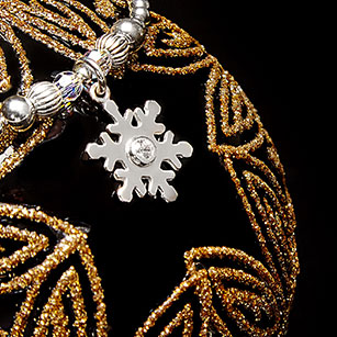 NEW <span>Limited Edition Snowflake Bracelet</span>
