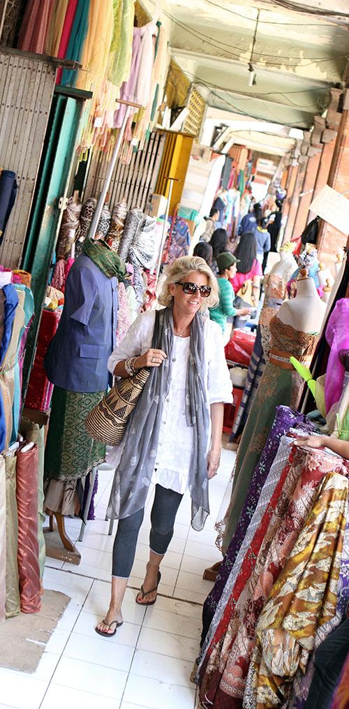 ANNIE HAAK at a Balinese Market